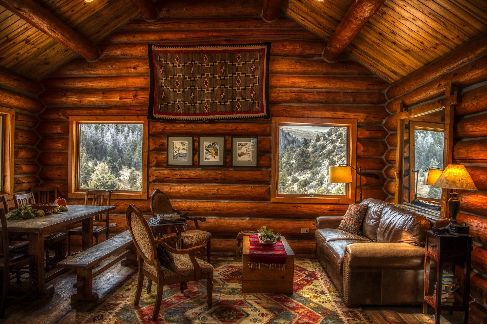 Dřevěná chata interiér