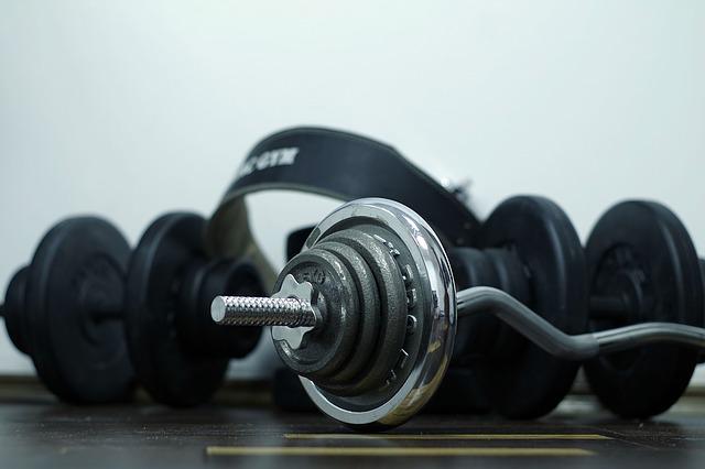 závaží na cvičení