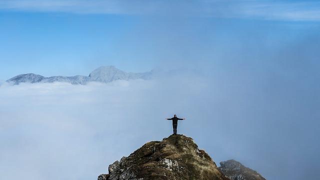 horolezec nahoře