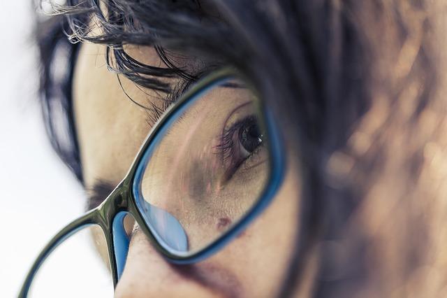 brýle ženy